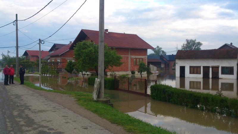 poplave-bih-2014-maj-Kostajnica-01