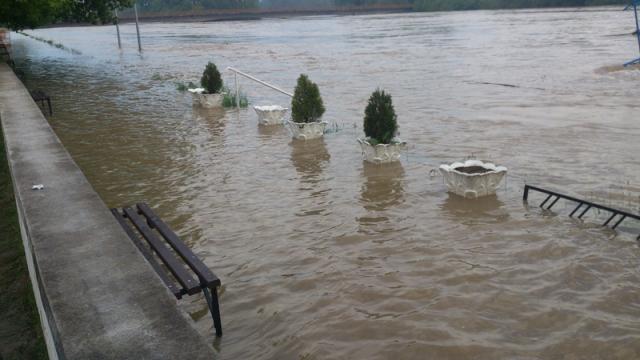 poplave-bih-2014-maj-Kostajnica-07
