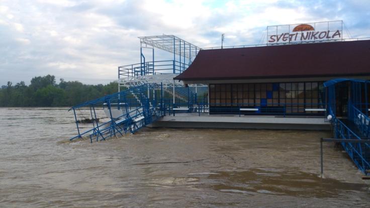 poplave-bih-2014-maj-Kostajnica-08