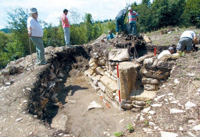 rs-otkrice k.dubica hram 14 vek