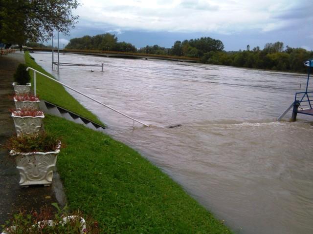 poplave dubica 1 140913